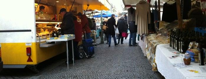 Wochenmarkt Karl-August-Platz is one of Markets - Fruits & Food.