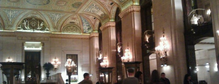 Palmer House - A Hilton Hotel is one of Recommendations in Chicago.