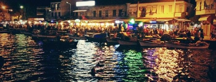 Deniz Restaurant is one of İzmir.