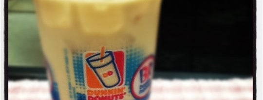 Dunkin' is one of Lugares favoritos de Michael.