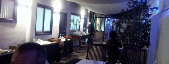 Moon restaurant jardi & chill out is one of BOOM Sitges.