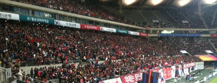 ソウルワールドカップ競技場 is one of Seoul #4sqCities.