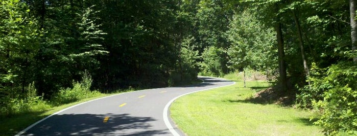 Cumberland/Lincoln Bike Path is one of just a list of places.
