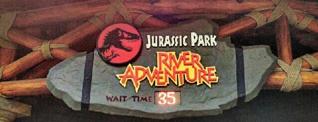 Jurassic Park River Adventure is one of Надо посетить.