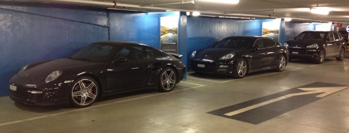Parking du Mont-Blanc is one of Geneve.