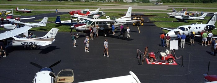 Clermont County Airport (I69) is one of Airports in Ohio.