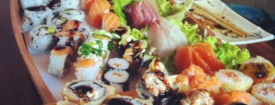 Asami Sushi is one of Comidinhas!!!.