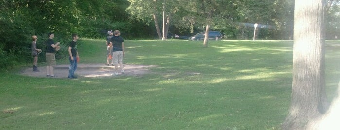 Minnehaha Disc Golf is one of Twin Cities disc golf courses.
