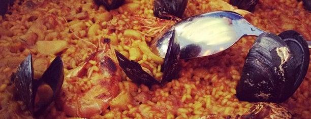 Can Costa is one of Twenty-something favorite restaurants in Barcelona.