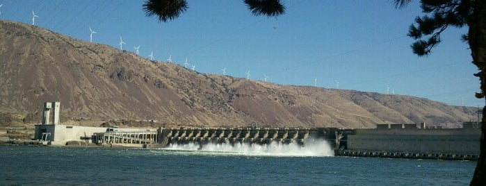 John Day Dam is one of Heading to Hood River.