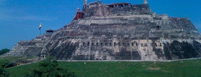 Castillo de San Felipe de Barajas is one of Lugares en Colombia!!!! :D.