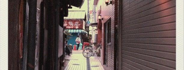 三軒茶屋 駒の湯 is one of 公衆浴場、温泉、サウナ in 世田谷区.