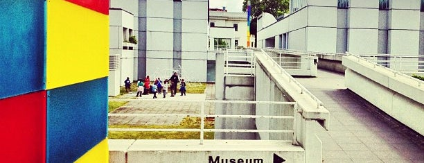 Bauhaus-Archiv is one of [To-do] Berlin.