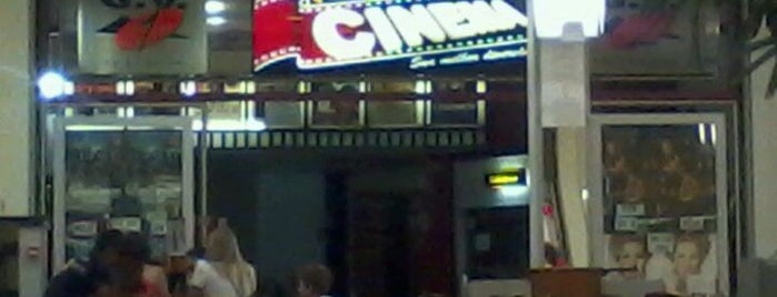 Cine GV is one of Lugares.