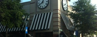 Corner Bakery Cafe is one of Favorite places to get food!.
