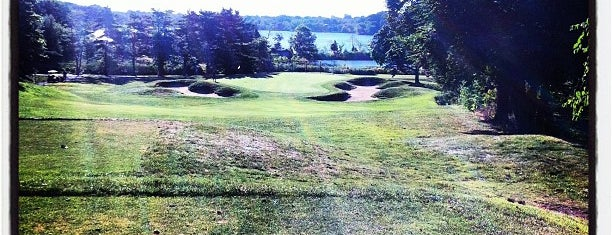 Fresh Pond Golf Course is one of MASSACHUSETTS STATE - UNITED STATES OF AMERICA.
