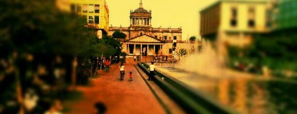 Explanada del Hospicio Cabañas is one of Show Places @ GDL.