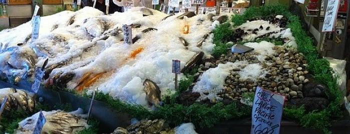 Pike Place Fish Market is one of Northwest Washington.