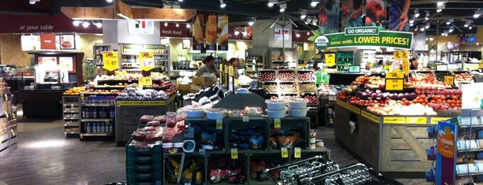 Dominick's is one of Streeterville & Gold Coast.