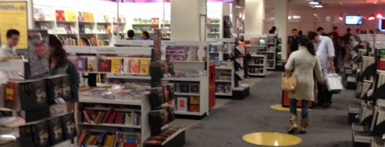 Fnac is one of Places I use to go.