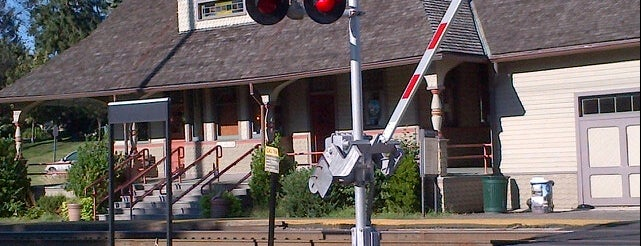 NJT - Oradell Station (PVL) is one of New Jersey Transit Train Stations I Have Been To.