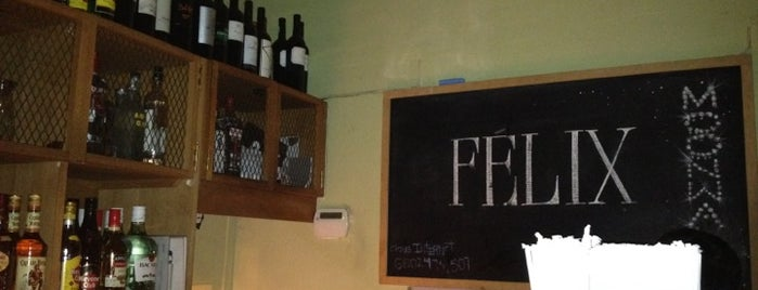 Félix is one of Algunos lugares....