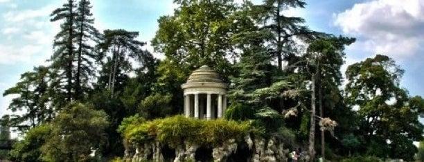 Bois de Vincennes is one of Paris.