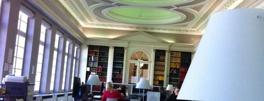 Bibliotheek Faculteit Recht en Criminologie is one of Student van UGent.