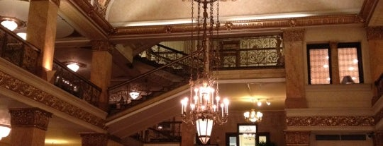 The Pfister Hotel is one of Historian.