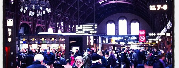Copenhagen Central Station (ZGH) is one of Copenhagen #4sqCities.