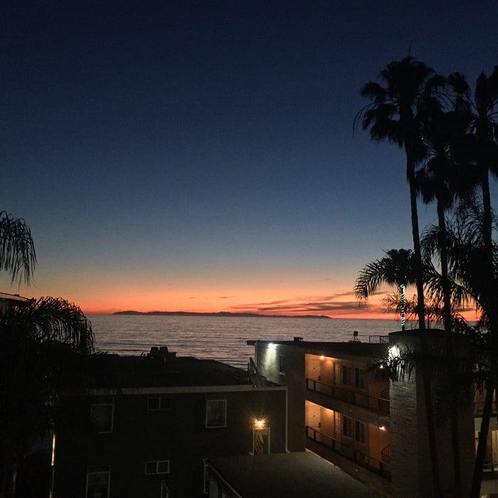 Photo of Pacific Edge Hotel