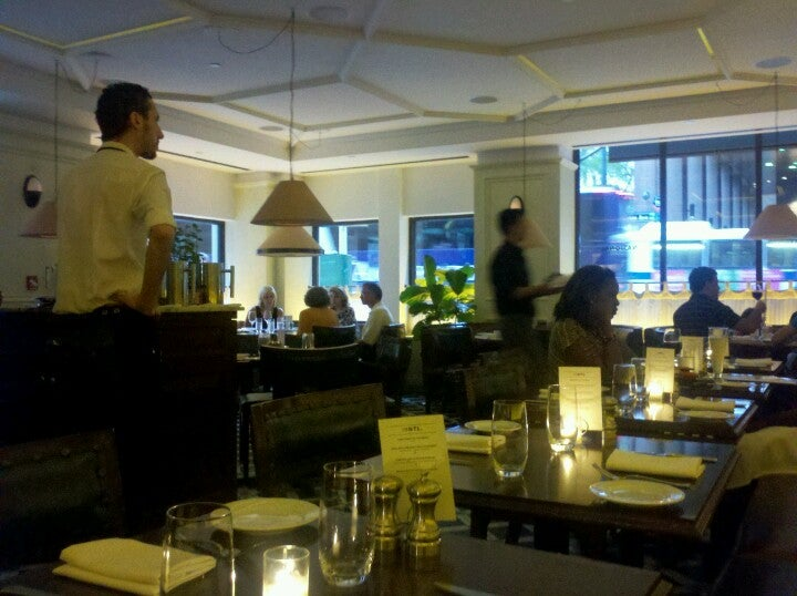 The National Bar Dining Rooms At 557 Lexington Ave 50th St