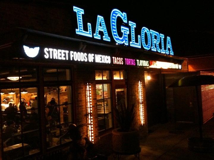 La Gloria At 100 E Grayson St Btwn Karnes St Amp Elmira St