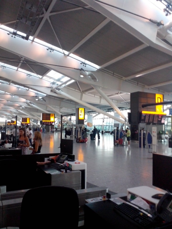 mgm4274 london heathrow airport Terminal 5 heathrow london london heathrow terminal 5 mgm4274 london heathrow airport essaylondon heathrow airport (lhr) london, united kingdom.