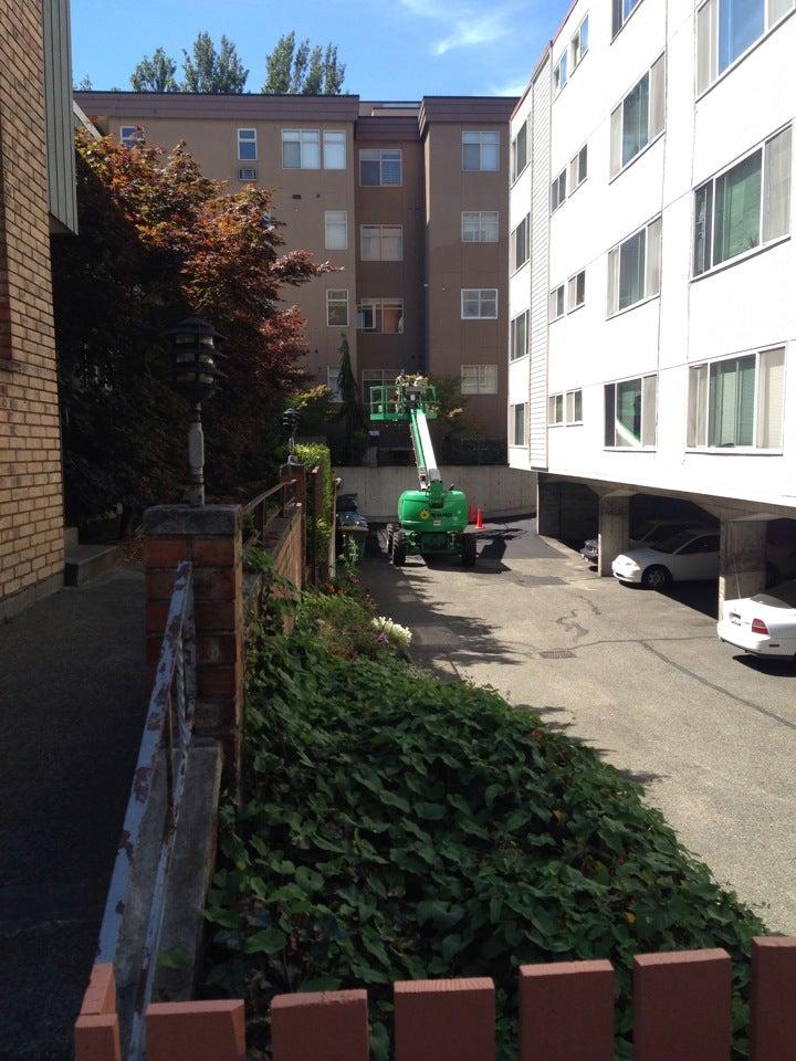 1221 Apartments