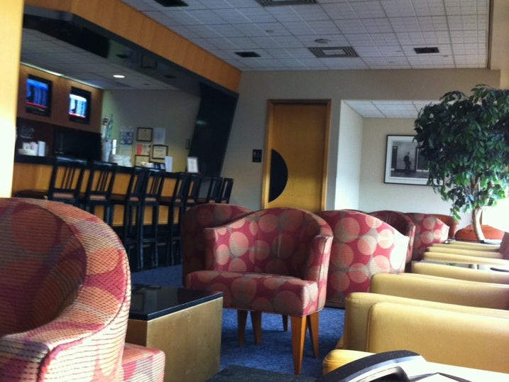 American Airlines Admirals Club New York Ny Newark