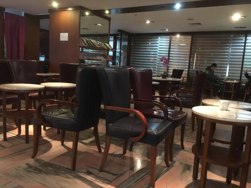 thai royal silk lounge - kathmandu - tribhuvan international (ktm
