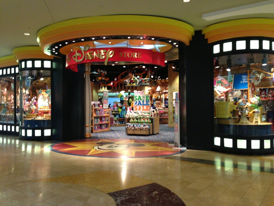 Springfield Mall Stores