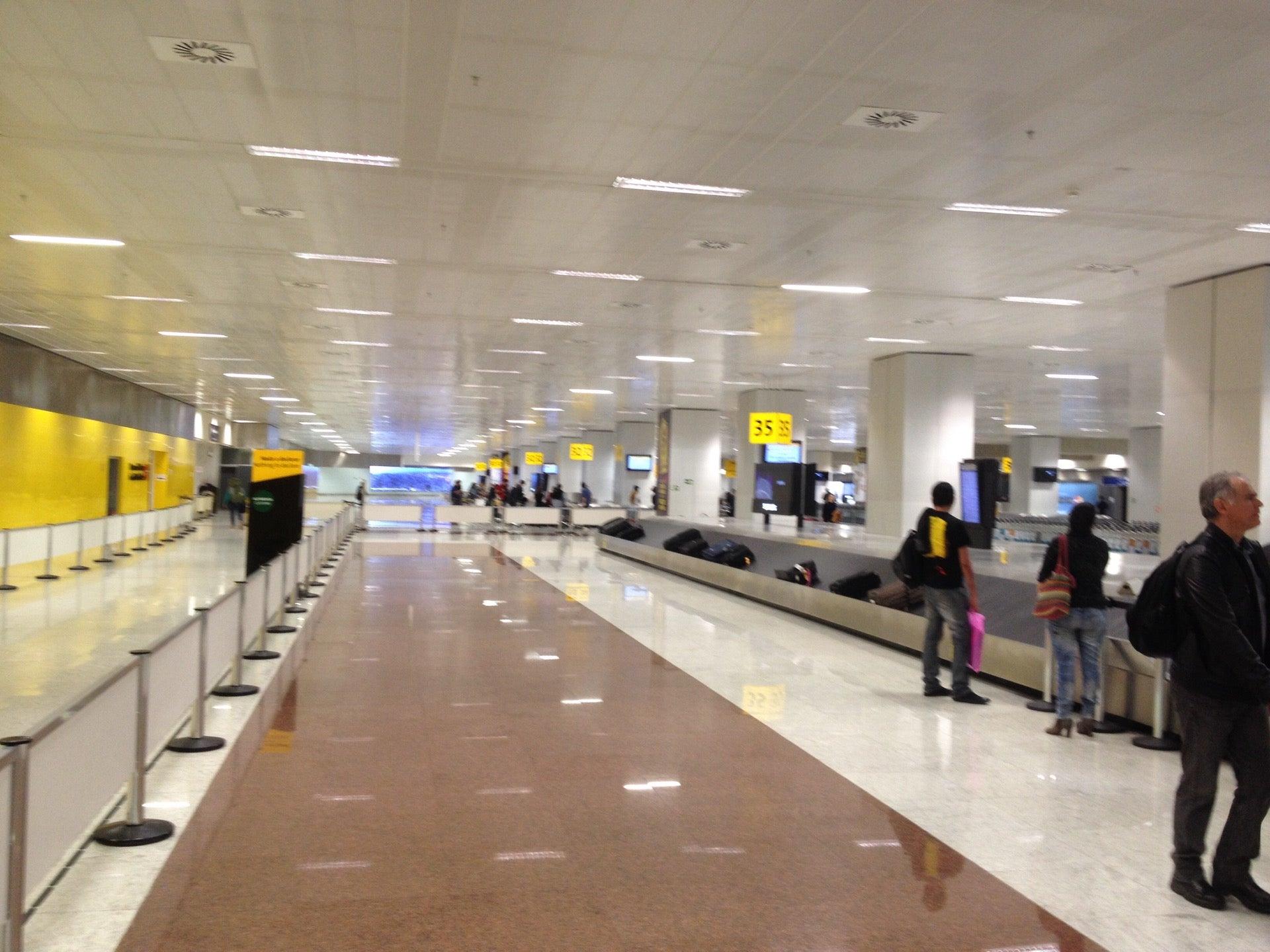 Aeroporto Gru : Guarulhos international airport gru sbgr general information