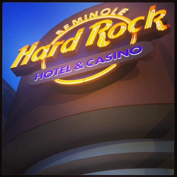 Seminole Hard Rock Hotel & Casino,baccarat,blackjack,bravo,brunch,buffet,casino,club,council oak,gambling,games,hotel,luckymag,music venue,poker,pool,rise,slot machines,smoking,steakhouse,trendy,wpt