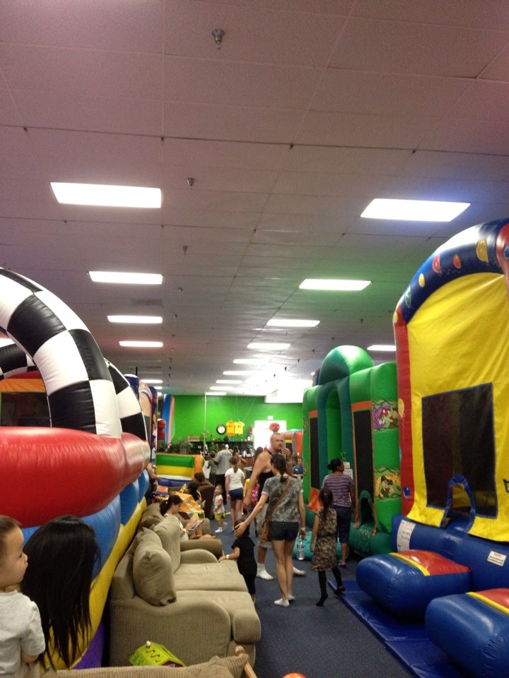 Froggs Bounce House In Fountain Valley Parent Reviews On Winnie