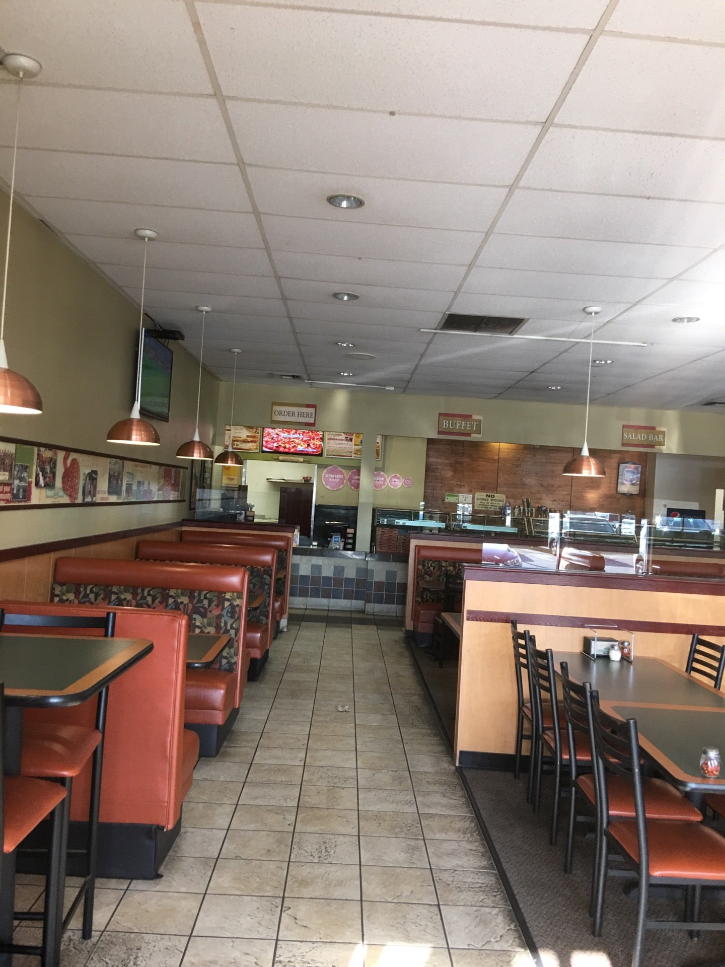 Round Table Pizza Burbank.Round Table Pizza In Burbank Parent Reviews On Winnie