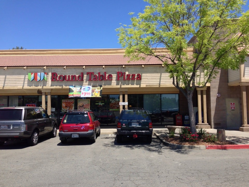 Round Table Pizza Loomis Ca.Loomis Round Table Pizza In Loomis Parent Reviews On Winnie