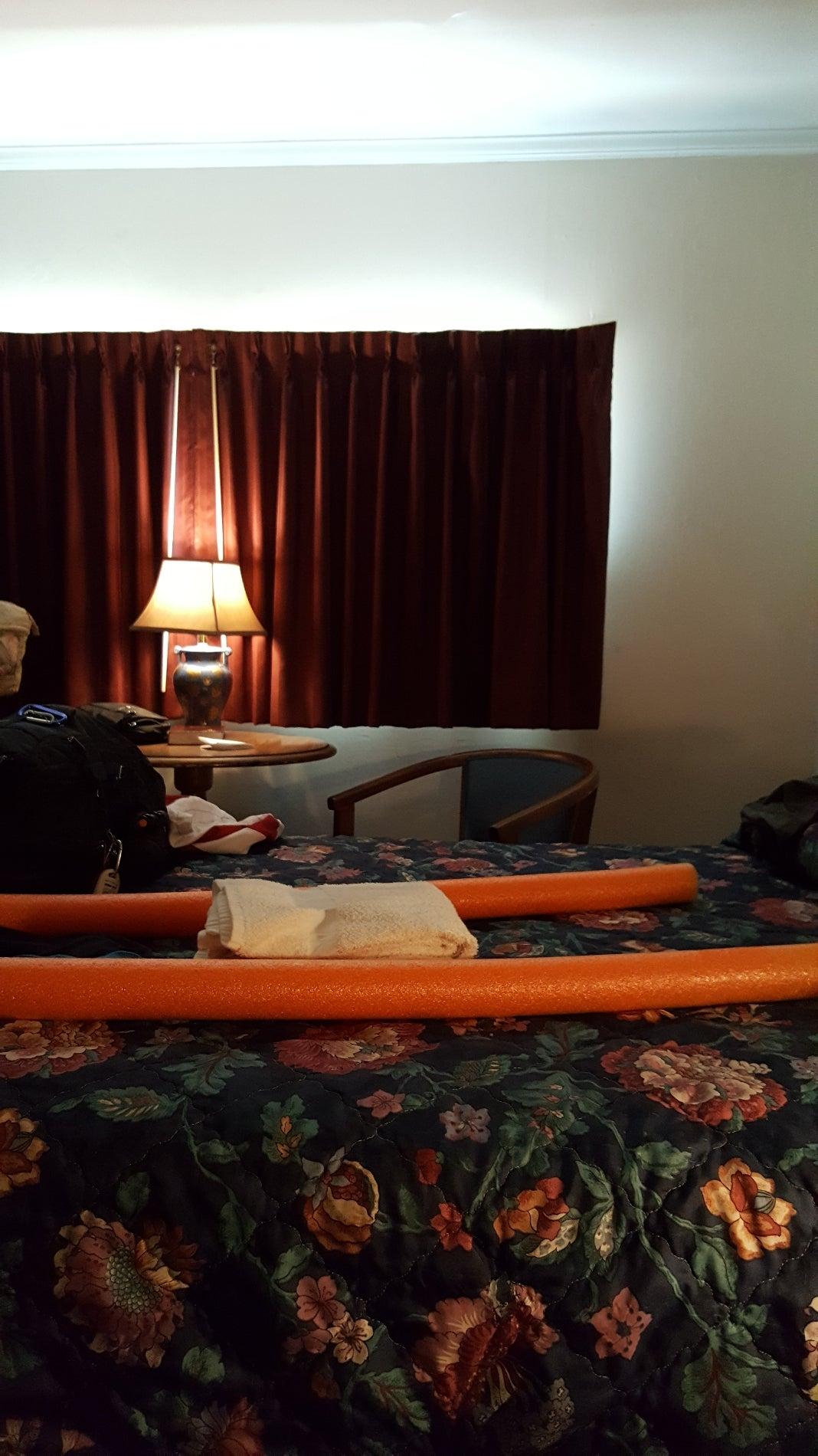 Oakdell Motel,