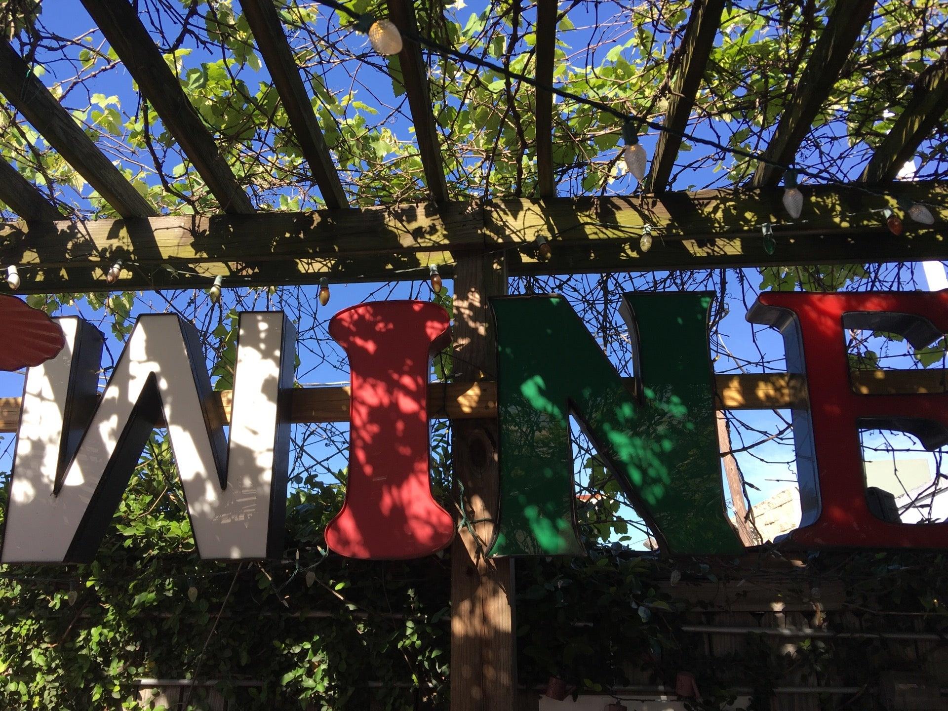 sydney markle angleton texas foursquare and swarm profile giovanni s angleton tx