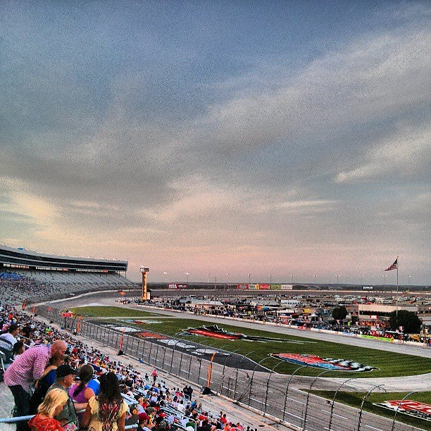 Texas motor speedway dallas fort worth tickets for Lone star motors fort worth texas