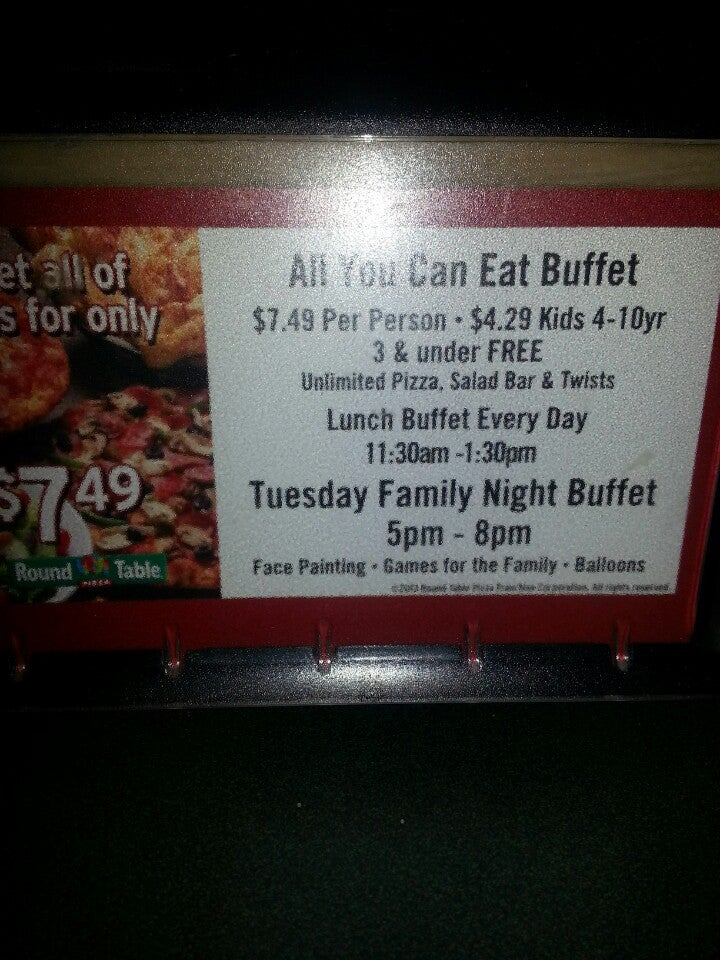 Round Table Family Night Buffet.Round Table Pizza Tuesday Family Night Deoverslag