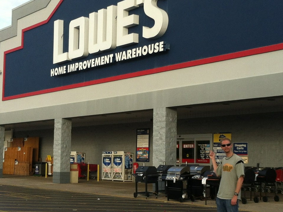 LOWE'S,appliances,flooring,hardware,home improvement,lumber,paint,tools