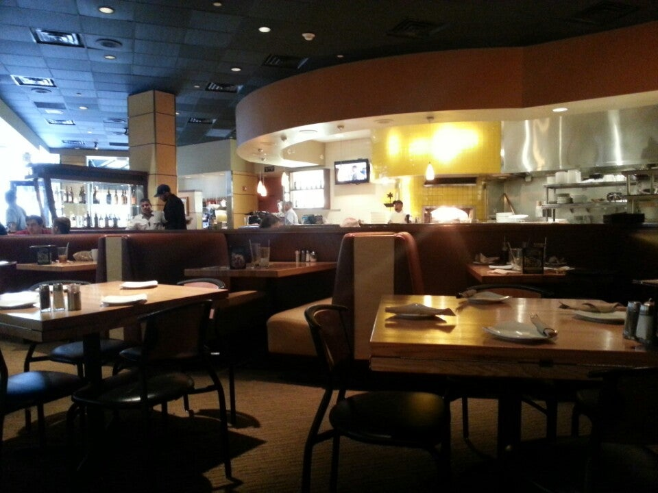 California Pizza Kitchen In Mclean Parent Reviews On Winnie