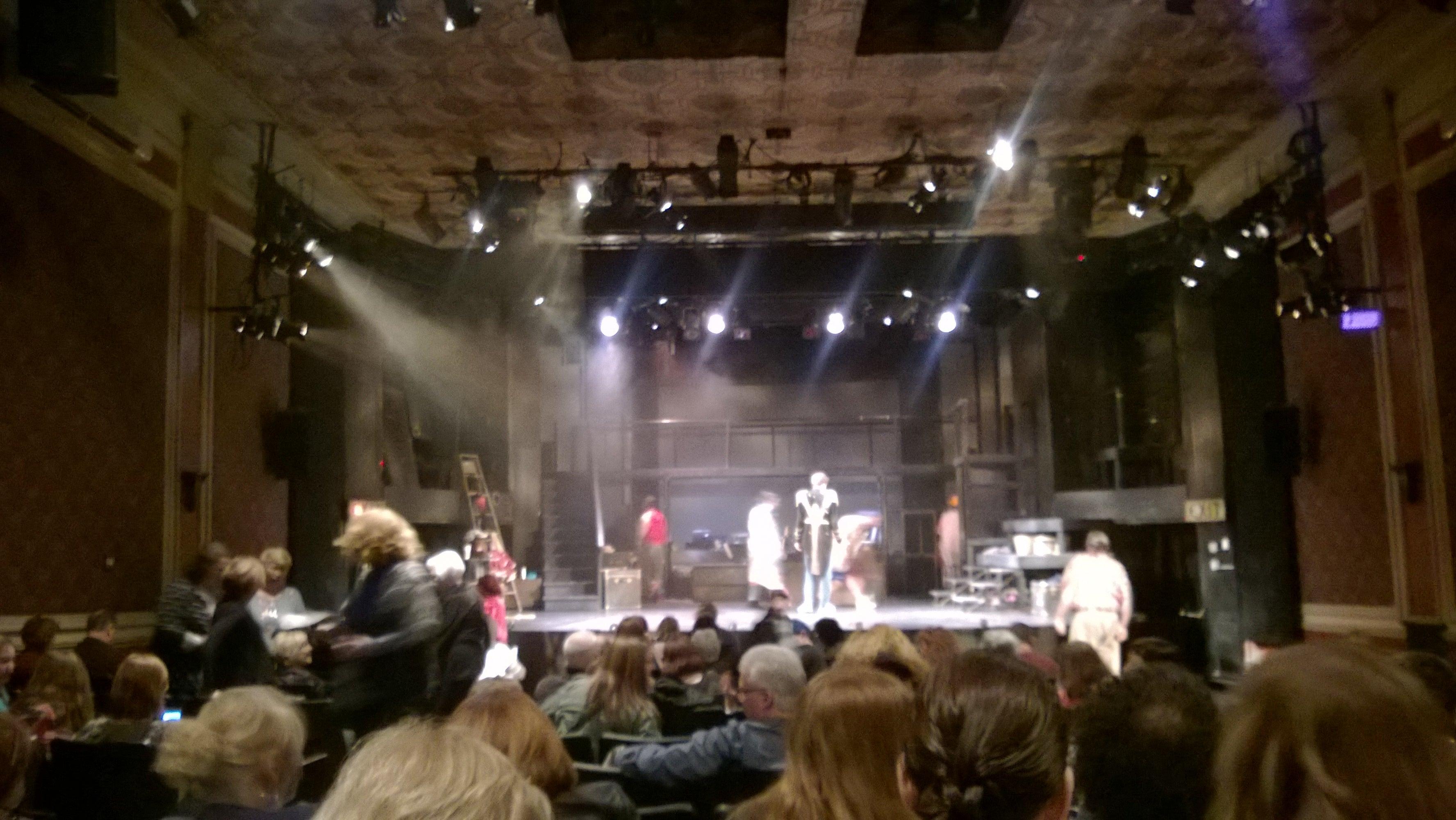 Theatre Three in Port Jefferson - Parent Reviews on Winnie